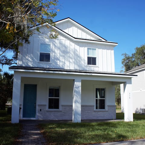 Smart Home, Downtown Sanford!