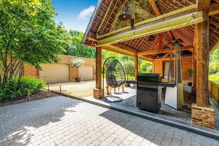 Spacious charming holiday home near Alden Biesen Castle