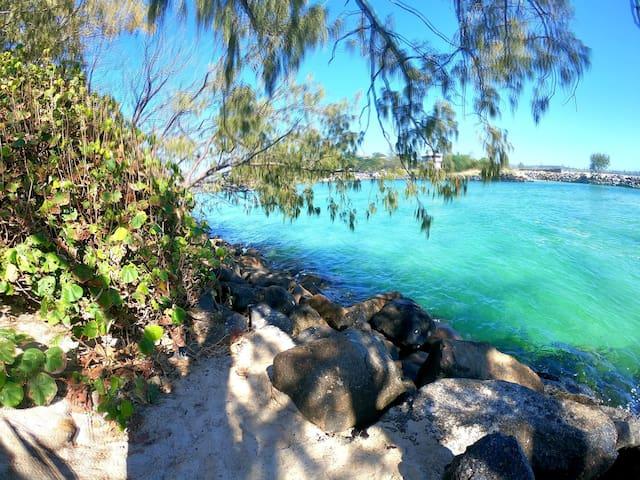 Kingscliffs Brand New Hidden Gem 3min Walk 2 Beach