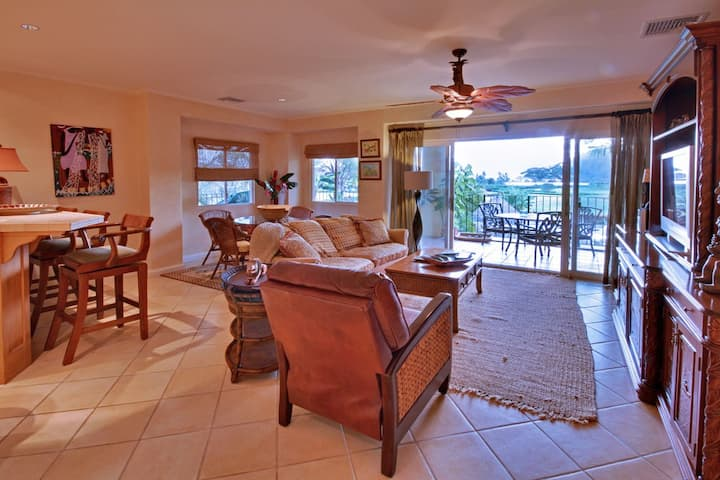 Ocean View Luxury Condo w/access to all amenities!
