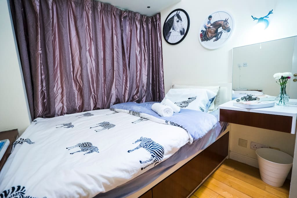 double bed room with animal theme