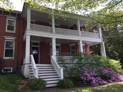 Spacious Apartment in Historic Fredonia