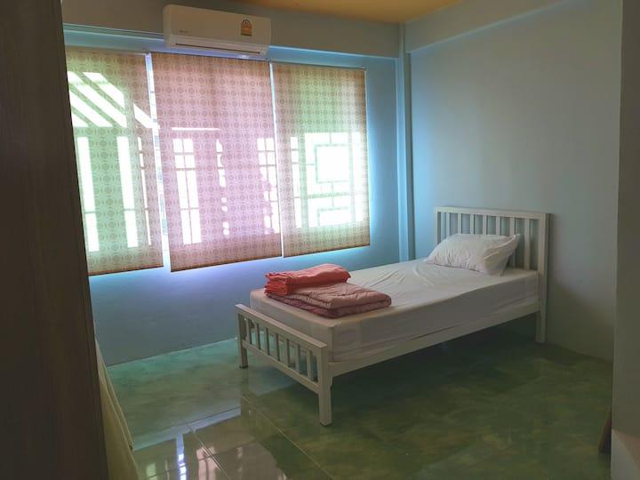 Lopburi Room