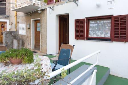 Granny's house - Punat