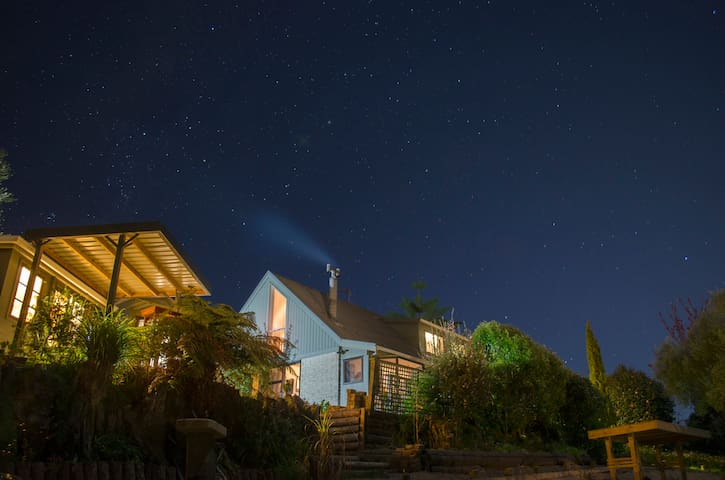 Starry nights Big House for familys - Waikino - House