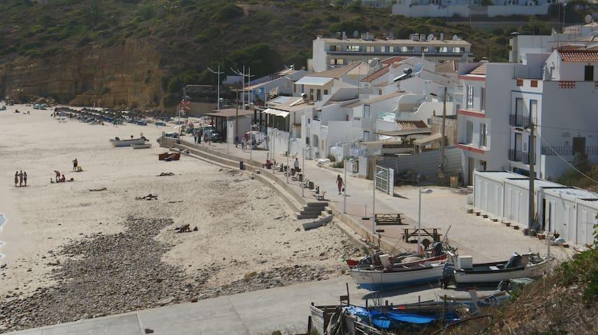 Casa Praia da Salema - Budens - Hus