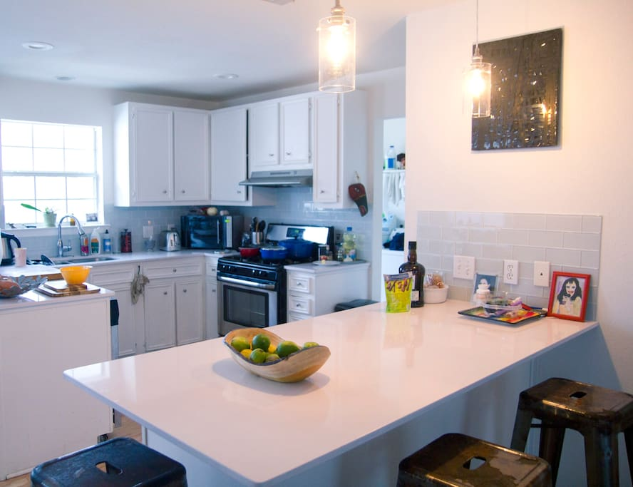 Fully equipped Kitchen with washer and dryer!  WOW!