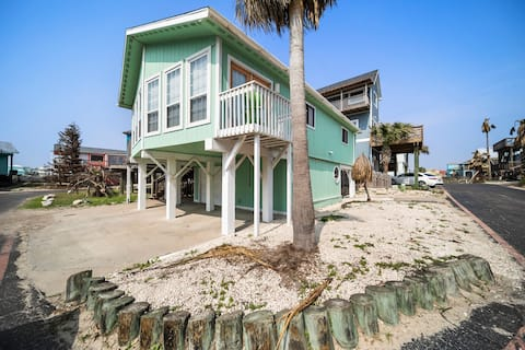 Ocean View, Short Walk to Beach,Golf Cart Included