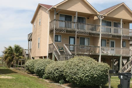 Remodeled 2016! Ocean Views, 3BR/2.5B, King Master - Holden Beach - Other