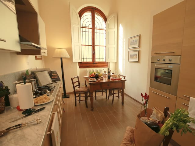 2 bedrooms and 2 bathrooms apartment