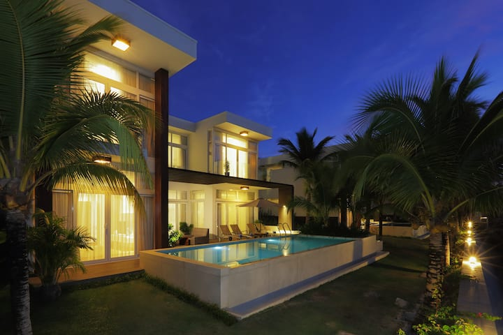 The Cliff Bay Villas - Mui Ne
