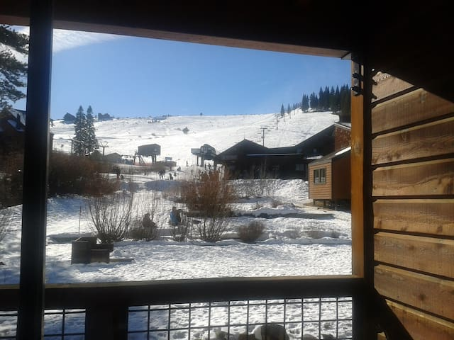 Ski In/Out Studio Condo at Tahoe Donner Resort!