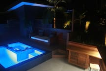 night spa,pool and daybed