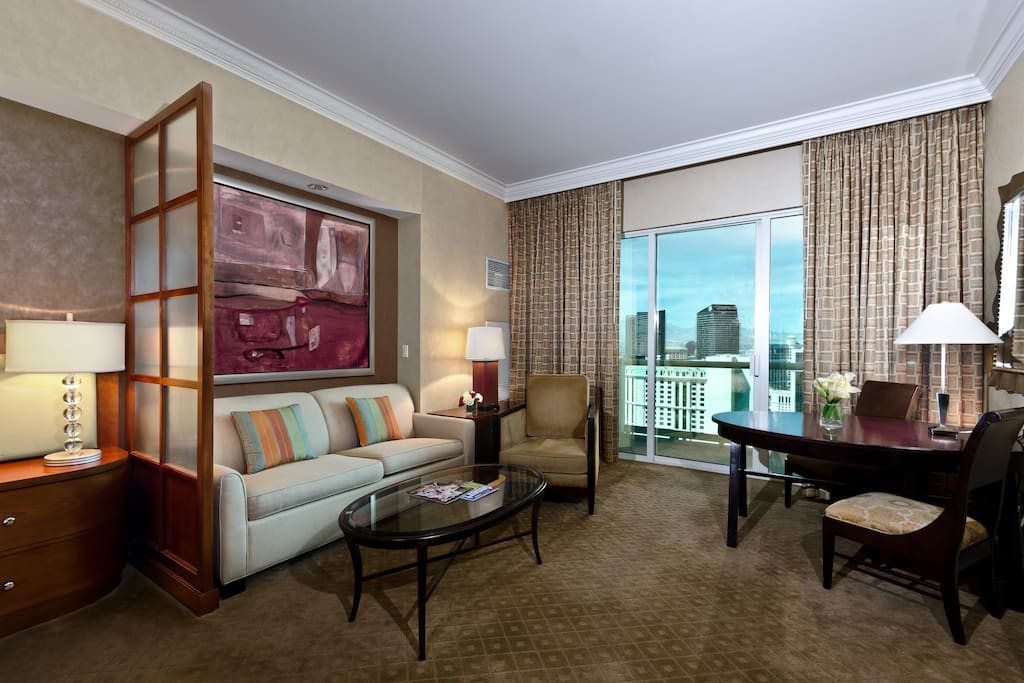 Mgm Signature 2br 2ba Balcony Suite Apartments For Rent In Las Vegas