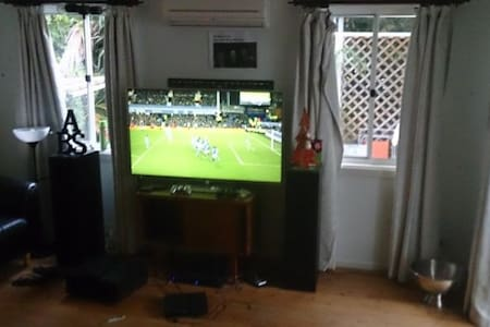 Double room to rent in Sydney.