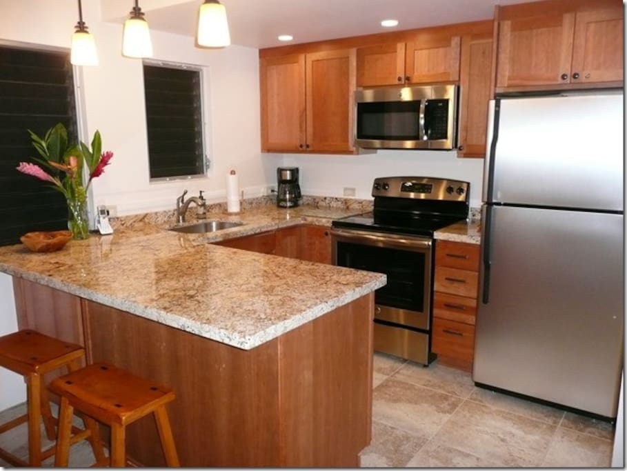 All new granite kitchen with lovely appliances