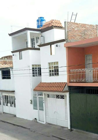3rd floor loft apartment - Irapuato - Квартира