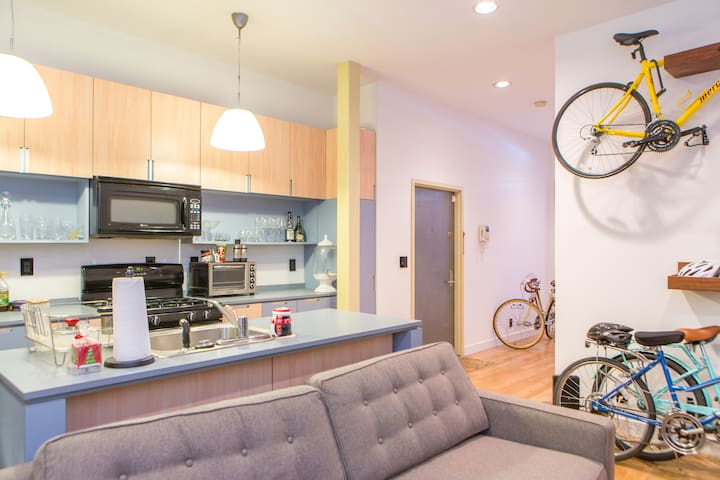 Sun-drenched 1BD in Upper East Side - New York - Apartemen