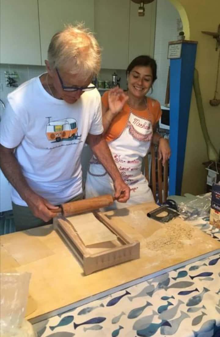 Making pasta alla chitarra