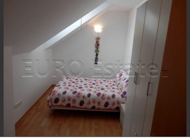 Lovely duplex apartment - Varaždin - Huoneisto