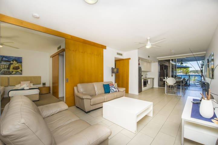 1 Bright Point Apartment 2104
