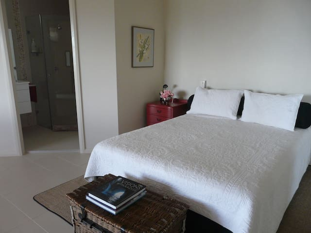 Studio apartment with great views - Nelson Bay - บ้าน