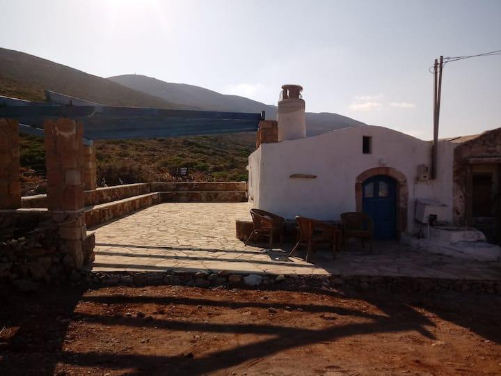 Καμάρα με θέα τη θάλασσα / Kamara with view