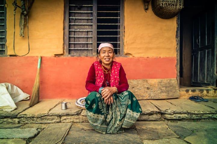 Village Homestay Panchase / Pokhara - Damdame Village, Kaski District - Dům v zemi