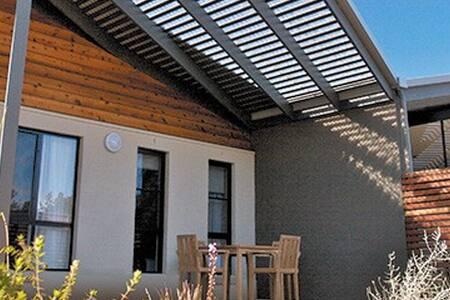 1 bedroom apartment in Seven Mile Beach, Hobart - Seven Mile Beach - Timeshare (právo užívat zařízení pro ubytování na stanovený časový úsek během roku na mnoho let dopředu - minimálně 3 roky)