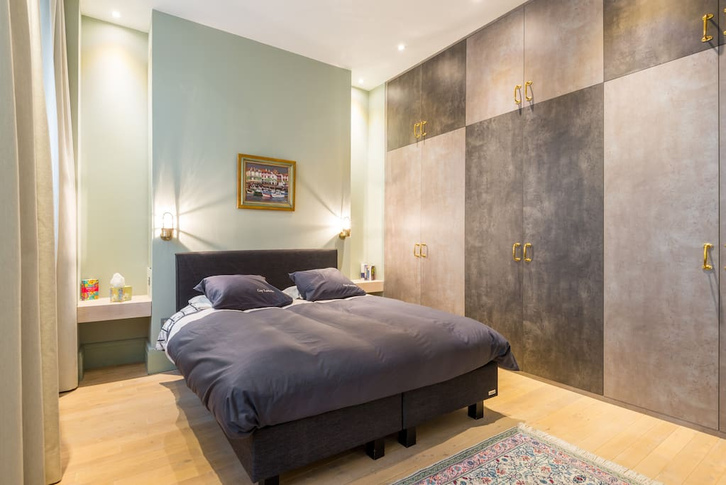La chambre verte presqu 39 le lyon appartements louer lyon rh ne alpes france for La chambre verte truffaut youtube