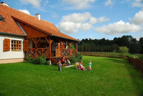 Great Remote all year Cottage House - GOOD WIFI