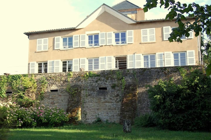 18th century mansion in Beaujolais