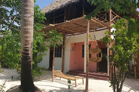 Enjoy our beautiful  house close to the beach