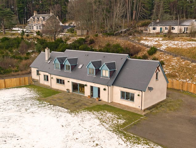 Alltnacriche, Carrbridge, Cairngorms - Highland - House