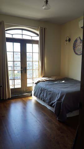 Gorgeous Terraced Bedroom in East Williamsburg