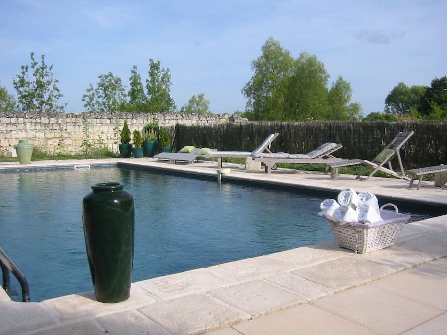Exclusive use of swimming pool for Manoir guests