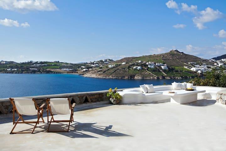Boundless Blue Mykonos - Beachfront Villa / Ornos - Mykonos - Villa