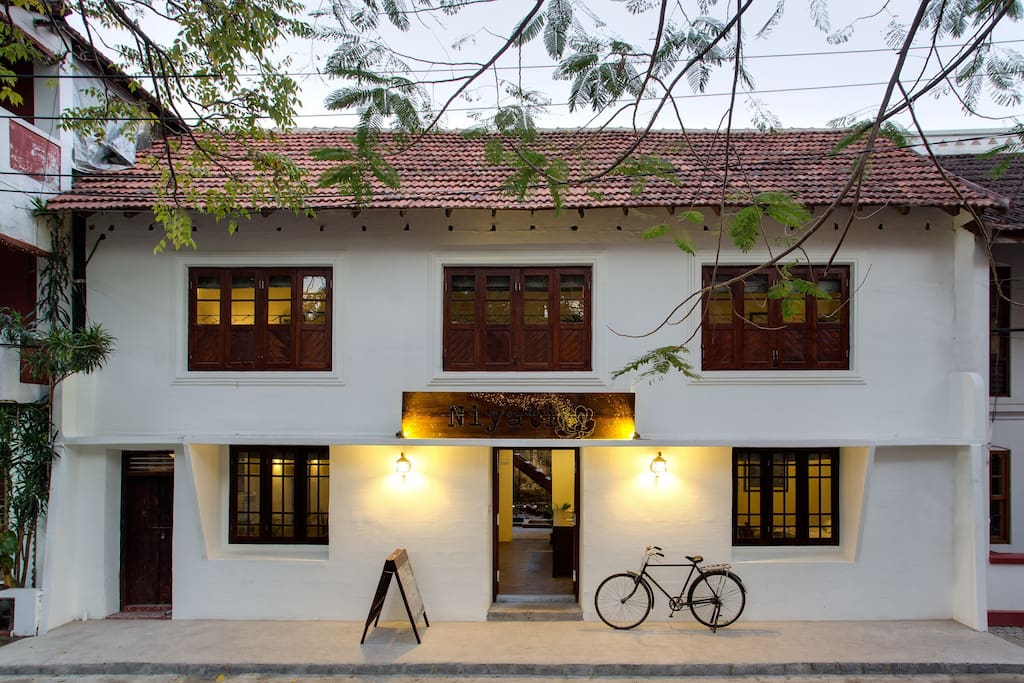 As 39 ad suite niyati boutique stay in fort cochin ernakulam for Best boutique hotels kerala
