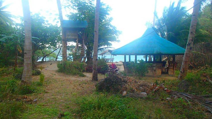 Beachfront Homestyle Accommodations - Bulalacao - Dom