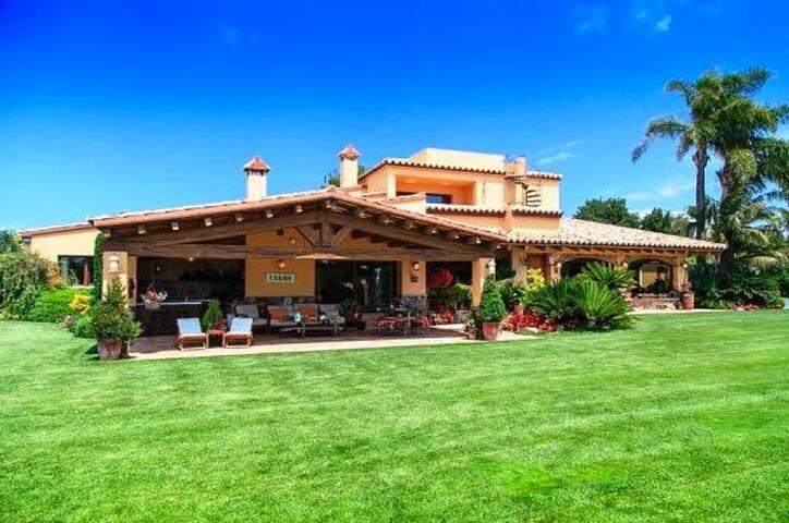 Villa Samà Cambrils - Exceptional Garden & Pool