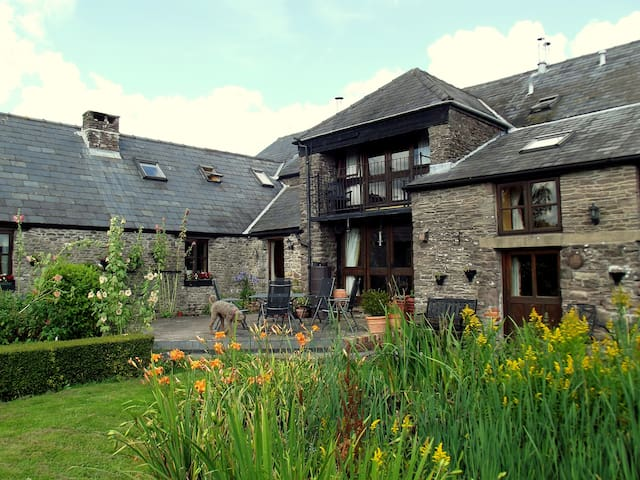 The Granary B&B : The Cwtch