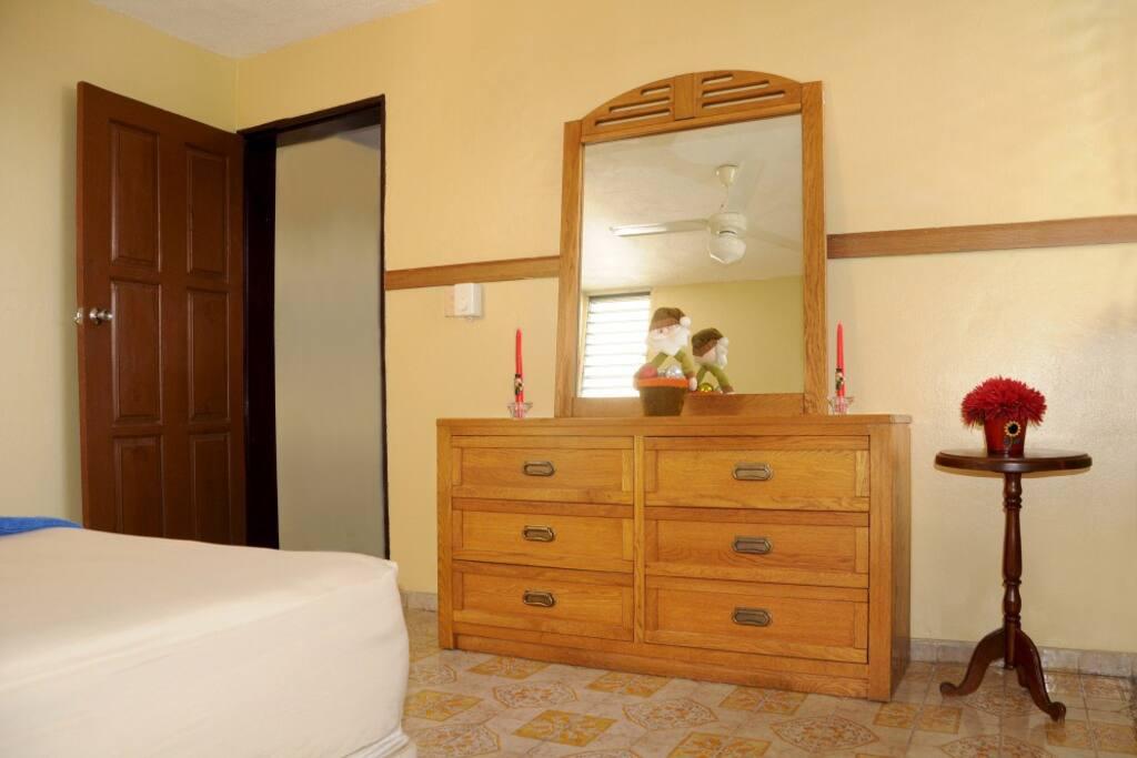 Bed Room Mirror Desk.