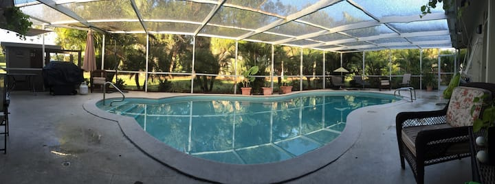 GOLF COURSE POOL HOME