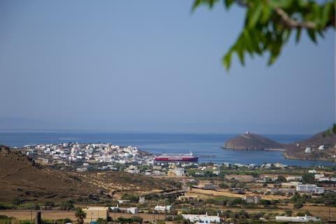 """Cycladic hospitality """"Melissari"""""""