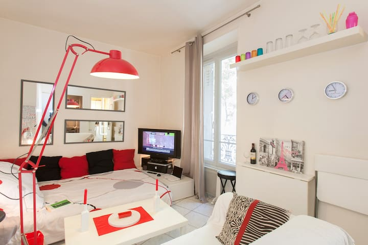"Cosy & confortable  ""Montparnasse"" for long stay"