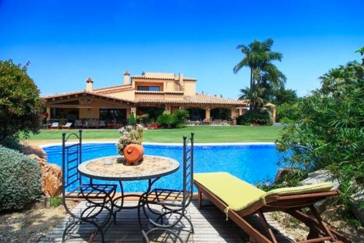 Villa Samà Cambrils -Exceptionnel Jardin & Piscine