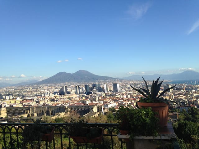 Private room with panoramic terrace on the Gulf - Napoli - Flat