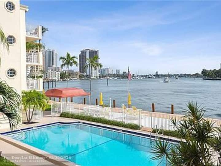 Beach front / intracoastal