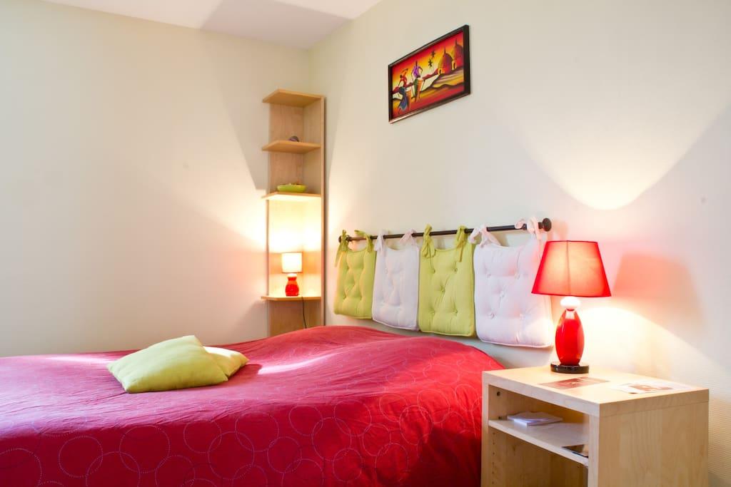 charmant studio meubl lille apartamentos en alquiler en lille norte paso de calais francia. Black Bedroom Furniture Sets. Home Design Ideas