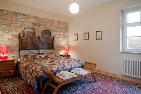 Gorgeous suite in ancient farmhouse - Santa Luce